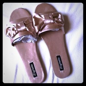 Shoes - Gold bow Flats